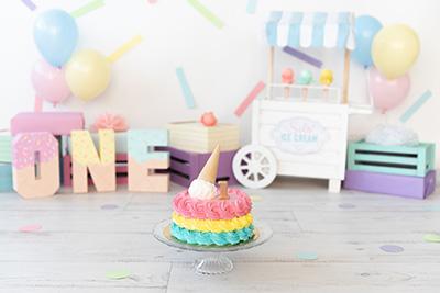 צילומי יום הולדת גיל שנה בסטודיו